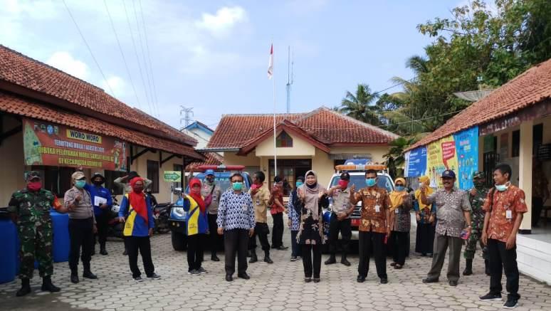 Woro - woro sebagai sarana edukasi masyarakat di Kecamatan Adimulyo